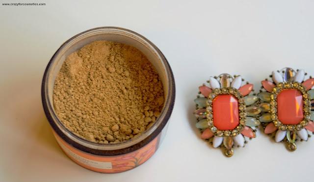 Forest Essentials Soundarya Facial Ubtan  100 % natural Ayurvedic recipe