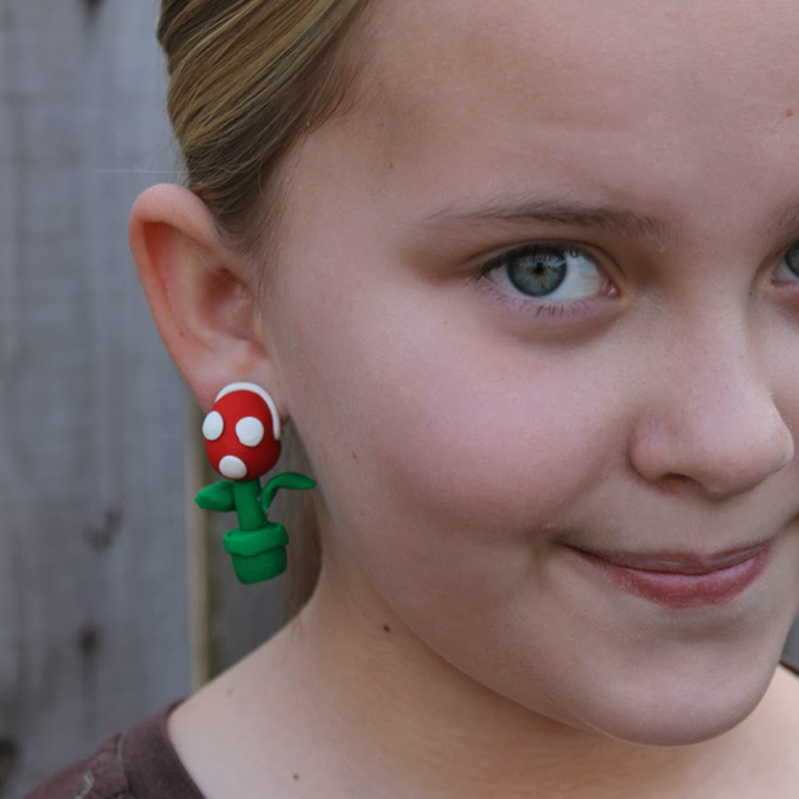 http://www.doodlecraftblog.com/2014/02/mario-brothers-piranha-plant-earrings.html