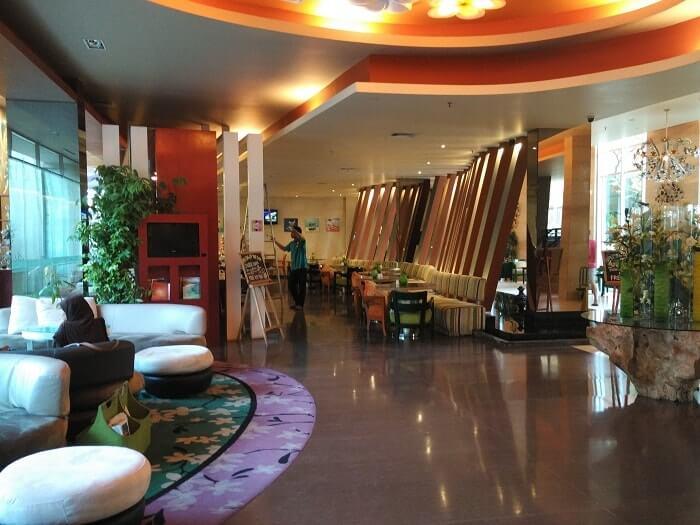 pengalaman menginap di ibis styles hotel denpasar bali