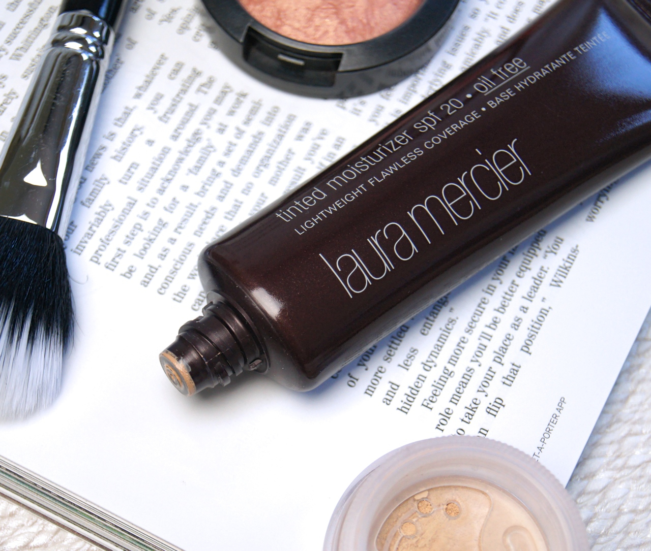 laura mercier oil-free tinted moisturiser review swatch nude