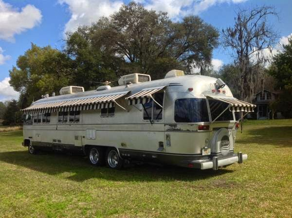 used rvs classic airstream motorhome for sale by owner. Black Bedroom Furniture Sets. Home Design Ideas