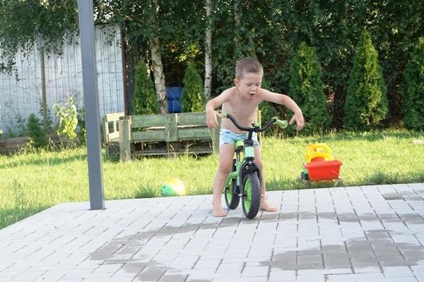tor przeszkód i rowerek biegowy milly mally z mimulo.pl