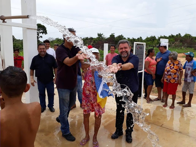 Deputado Hilton Aguiar (DEM) promete e inaugura microssistemas de abastecimento de água Em Santarém