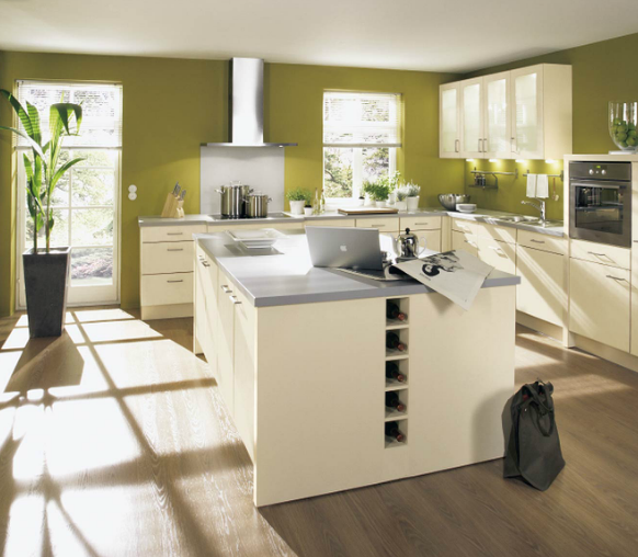 cocina-blanca-con-pared-verde