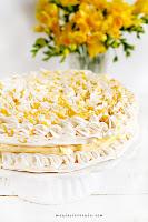 Tort cytrynowo - bezowy