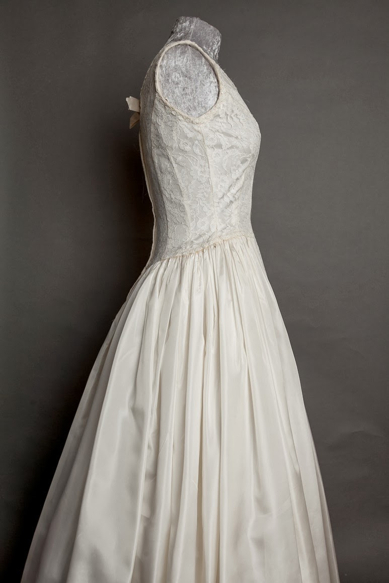 The Perfect 1950s Wedding Dress By Emma Domb My Vintage