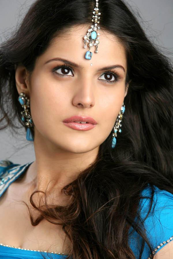Bollywood Hollywood Tollywood Telugu And More Sexy Hot Actress Celebrities Photos15 Bollywood New Film Veer Movie Actress Zareen Khan Hot Sexy -2369