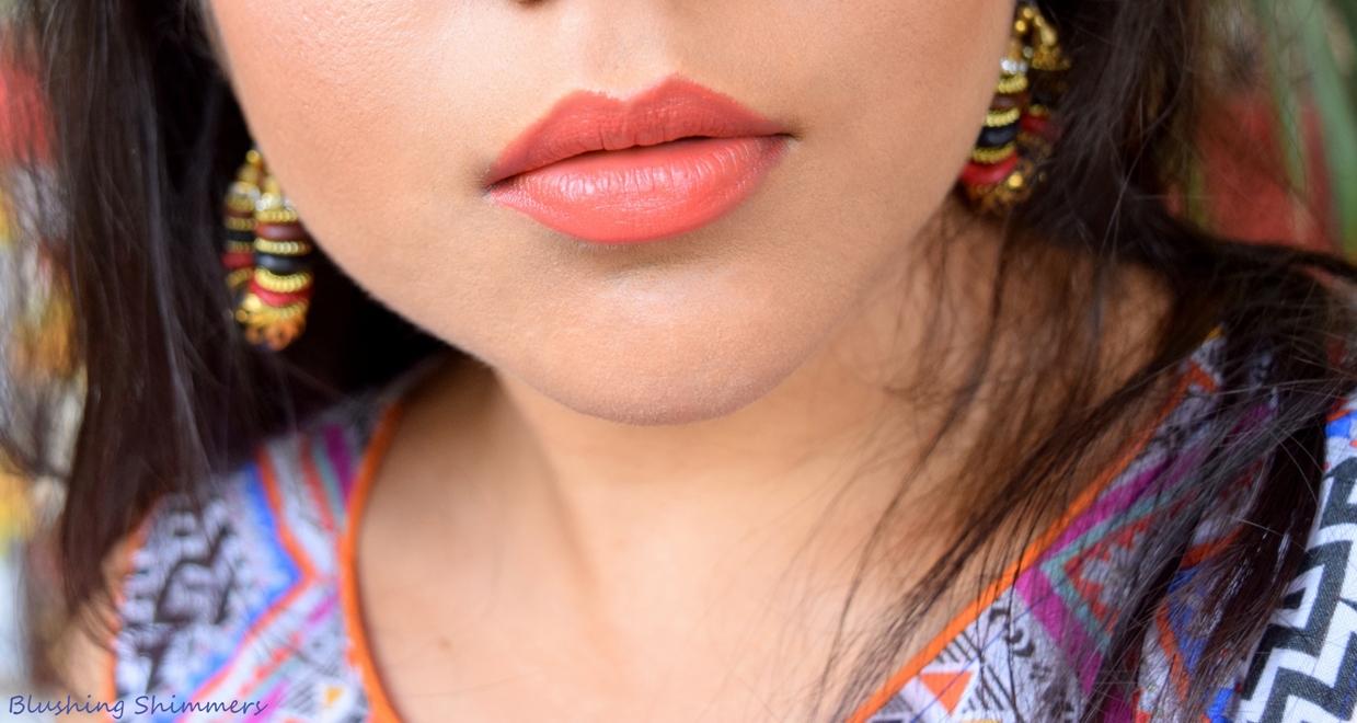 Lakme Enrich Lip Crayon - Blushing Pink