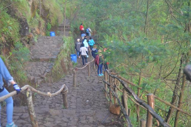 Image result for anak tangga menuju sikunir