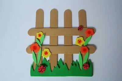 Ide membuat kerajinan kertas berbentuk bunga untuk anak-anak 11