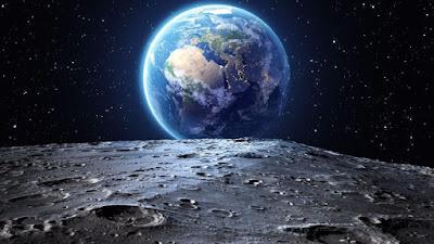 ekzosfer, ayın atmosferinin olmaması