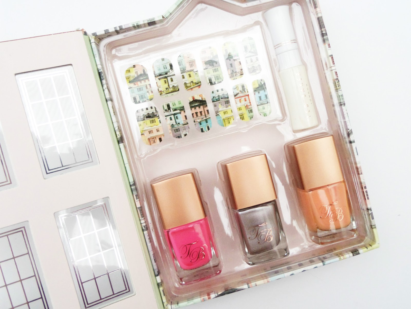 Inside The Ted Baker London Perfectly Polished Nail Varnish Set