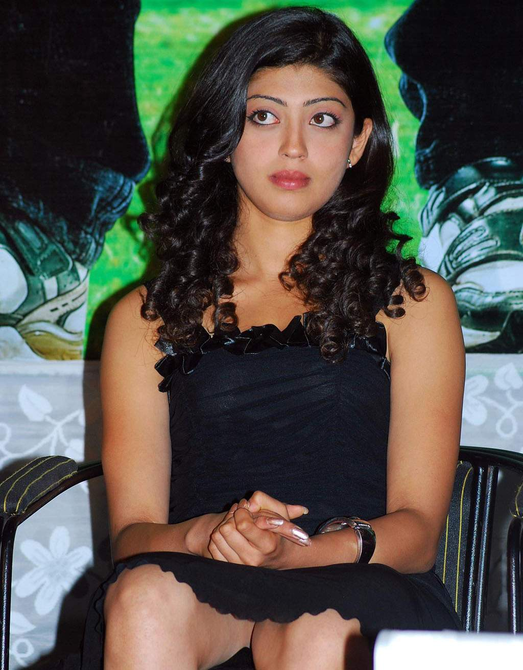 Telugu Actress Pranitha Hot Photos Gallery - Indian Film -4961