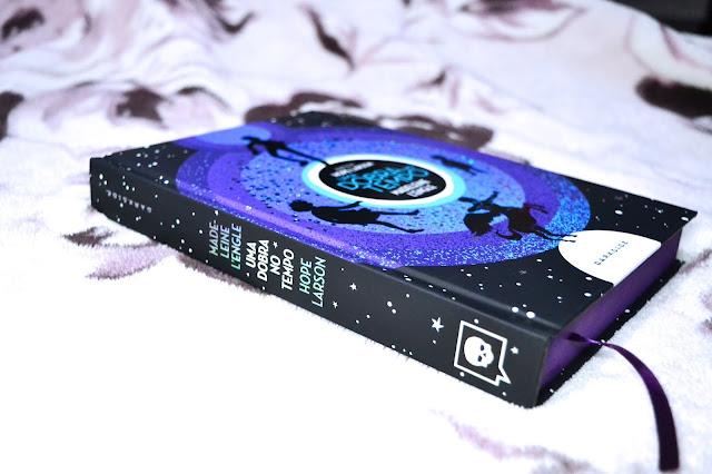 [HQ] Uma dobra no tempo, Darkside Books | Folheando