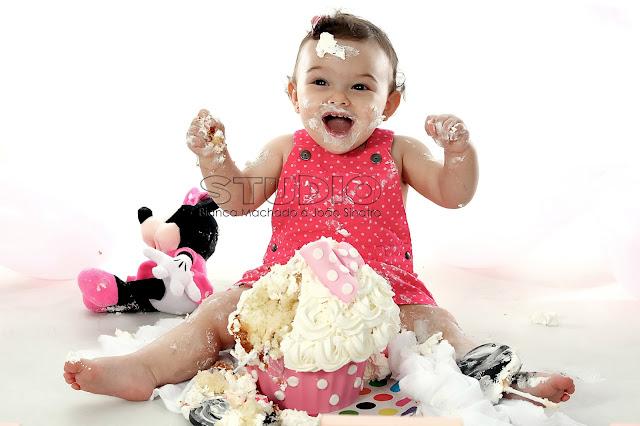 fotos divertidas smash the cake bebes