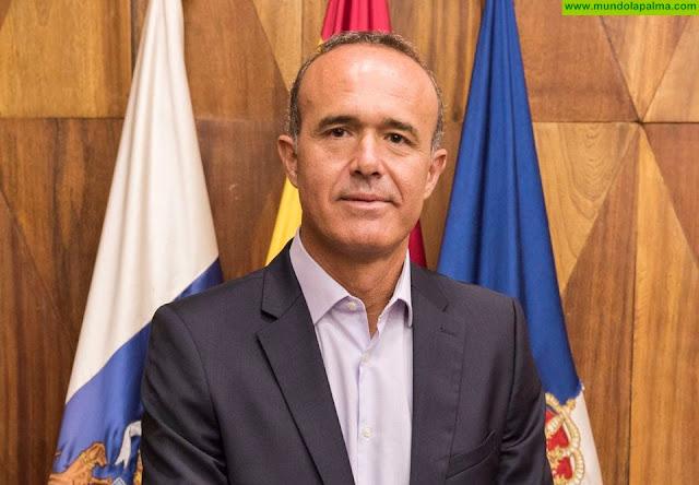 """Camacho: """" La realidad en La Palma es que tenemos más frecuencias, más conexiones y menos turistas"""""""