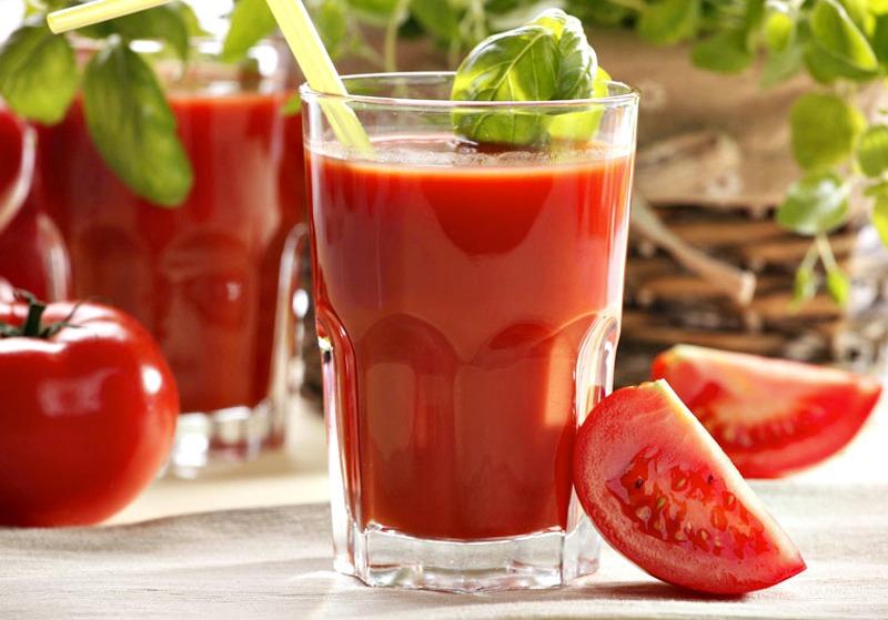 Zumo de tomate { licuado en frío}