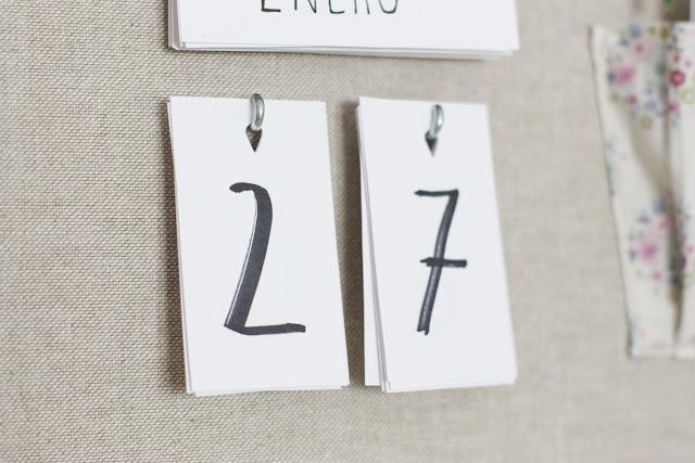 https://mediasytintas.blogspot.com/2018/01/diy-calendario-perpetuo-y-organizador.html