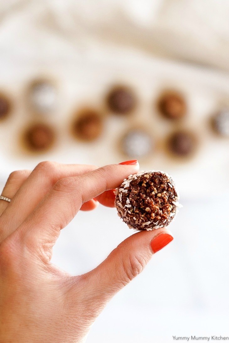 These chocolate bliss balls are the best little treats! They are naturally vegan, gluten-free, and paleo.