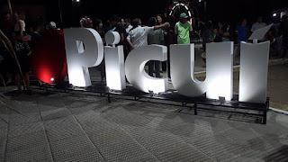 Praça Getúlio Vargas é revitalizada e entregue à população de Picuí