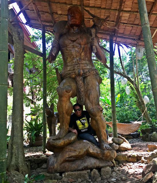 kampojuan giant statue near The Heritage House