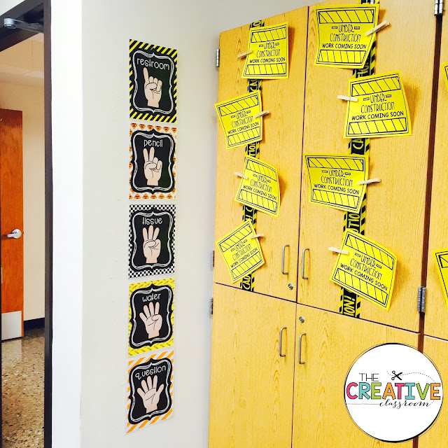 Create an inviting classroom environment with this construction theme decor. Theme decor includes printables, posters, bulletin board displays, calendar, schedule cards, labels and much more.
