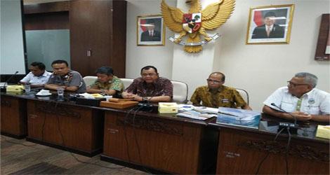 Asosiasi Pengusaha Angkutan Kota (APAK) Hering Dengan Komisi IV Dan Ketua DPRD Sumber