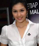 Foto Sandra Dewi Seksi 3