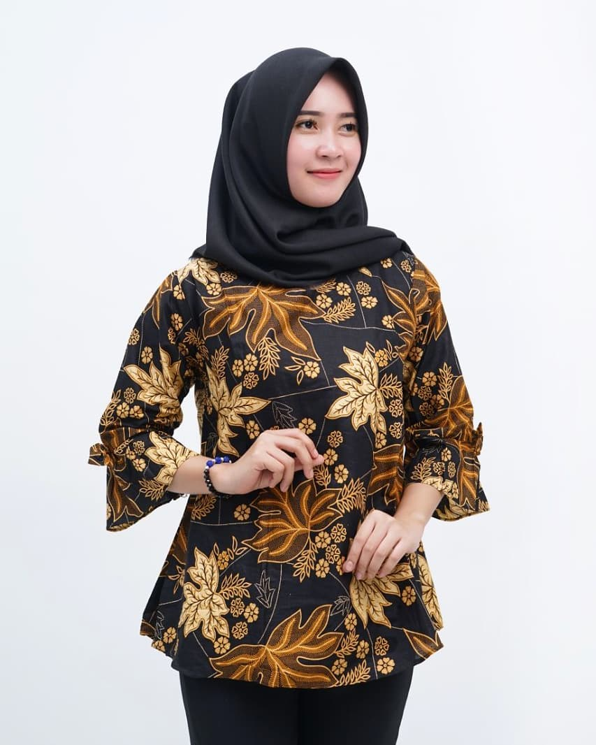 Model Baju Batik Wanita Islami Kekinian Dan Modern Wajib Baca