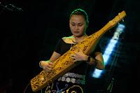 Dentingan Sape' Meremukkan Tulang Belulang - Borneo Fan
