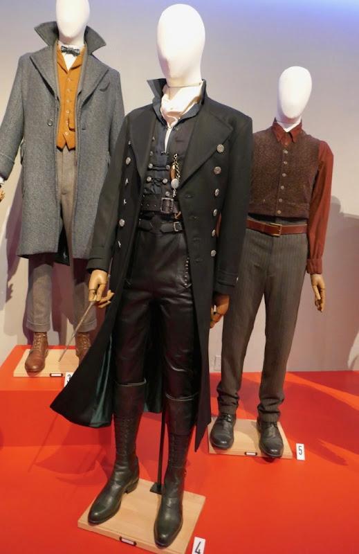 Johnny Depp Fantastic Beasts 2 Grindelwald costume