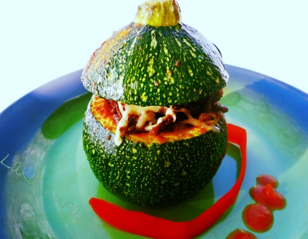 Mexican zucchini by Laka kuharica: stuffed round zucchini are fiery, spicy and fun to eat.