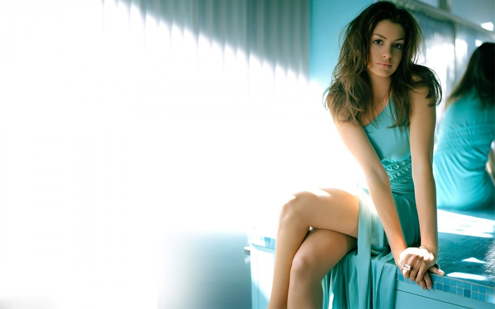 Anne Hathaway HD Wallpapers Of 2013 | Hollywood Universe