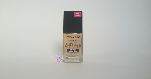 Wet n wild photofocus puder- detaljna recenzija + mini recenzija highlightera