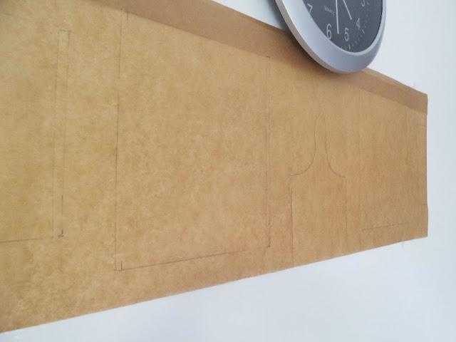 Postavljanje slika na zid - lijepljenje predloška