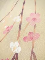 加賀友禅の梅の訪問着の写真です。