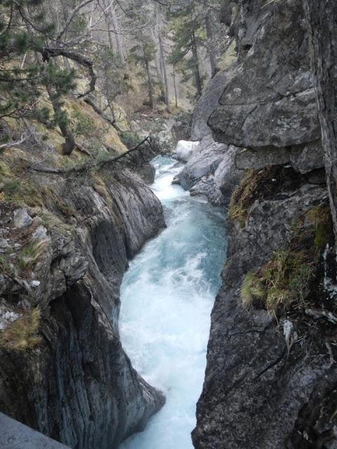 cascada de las Gorgas Galantes
