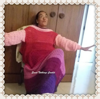 free crochet sleeved blanket