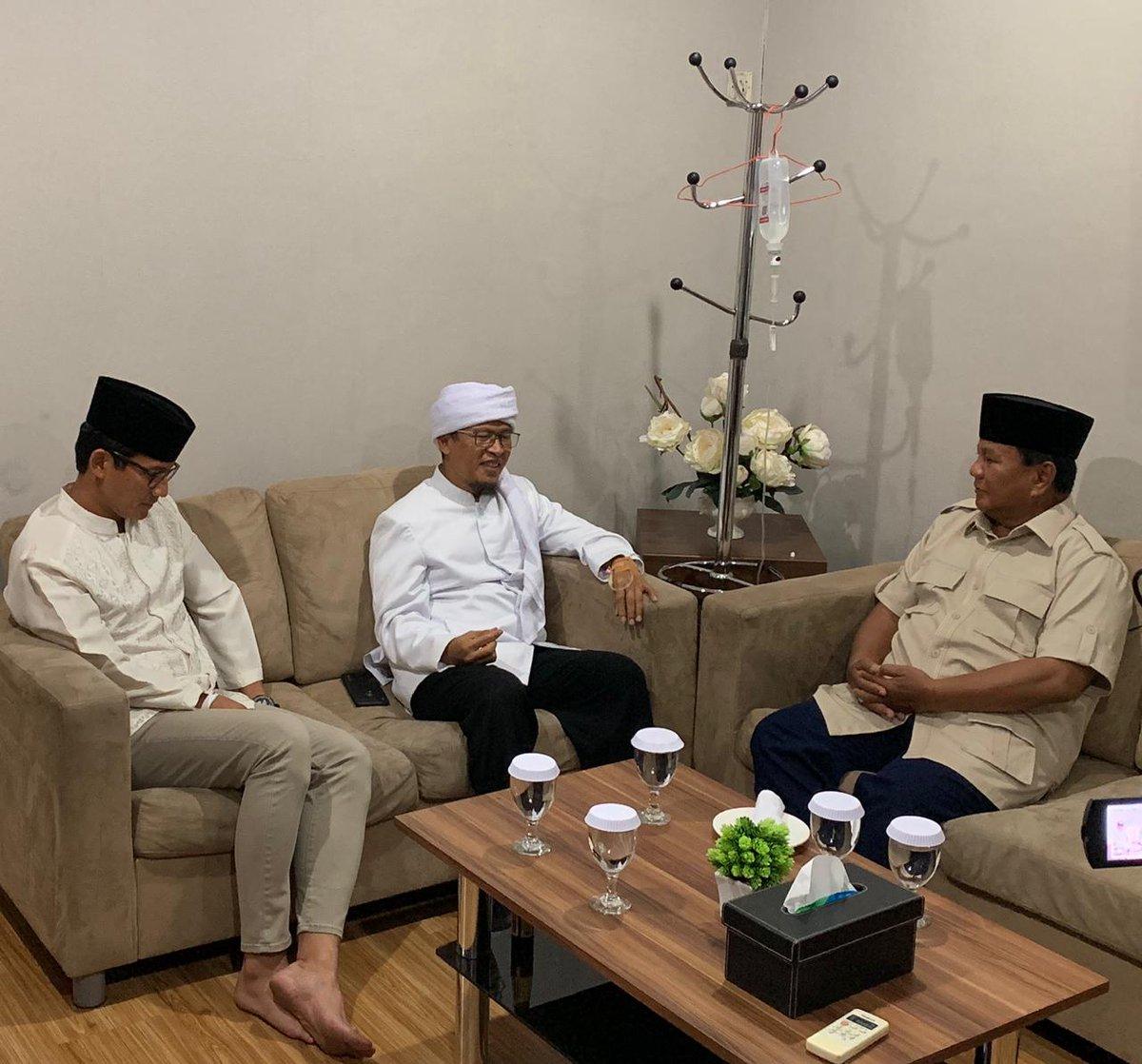 Yang Diucapkan Aa Gym Dalam Deklarasi Dukungan ke Prabowo Sandi