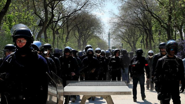 """Gran despliegue militar en Francia por los """"chalecos amarillos"""""""