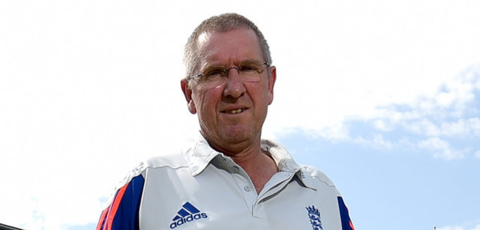 how much trevor bayliss England coach salary 2017