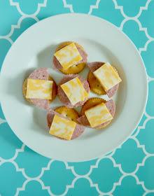 top 10 back to school snacks from aldi (sweetandsavoryfood.com)