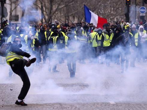 Fransa Paris sokak olaylarının perde arkasında hangi ülkeler var?
