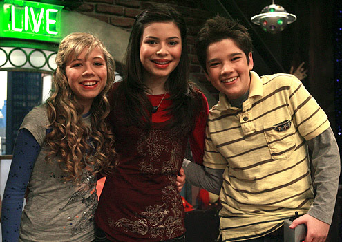 Boomer's Beefcake and Bonding: ICarly: Gay Villains and Bisexual Brothers