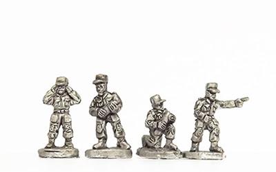 KNK15   Artillery crew