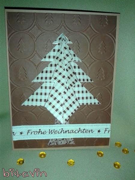 http://bitavin.blogspot.de/2015/12/karte-mit-origami-tannenbaum.html
