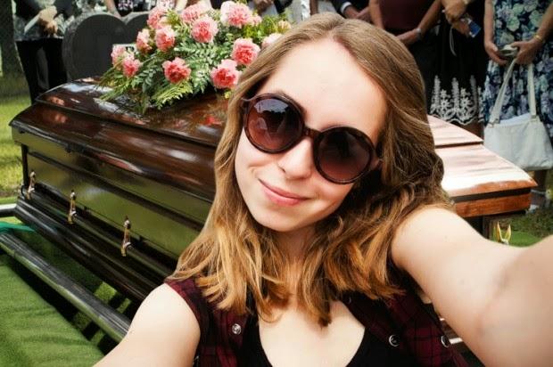 Selfies Fúnebres.