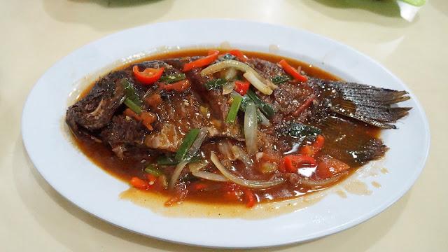 Ikan Gurame Saus Padang  ala Risqy Seafood