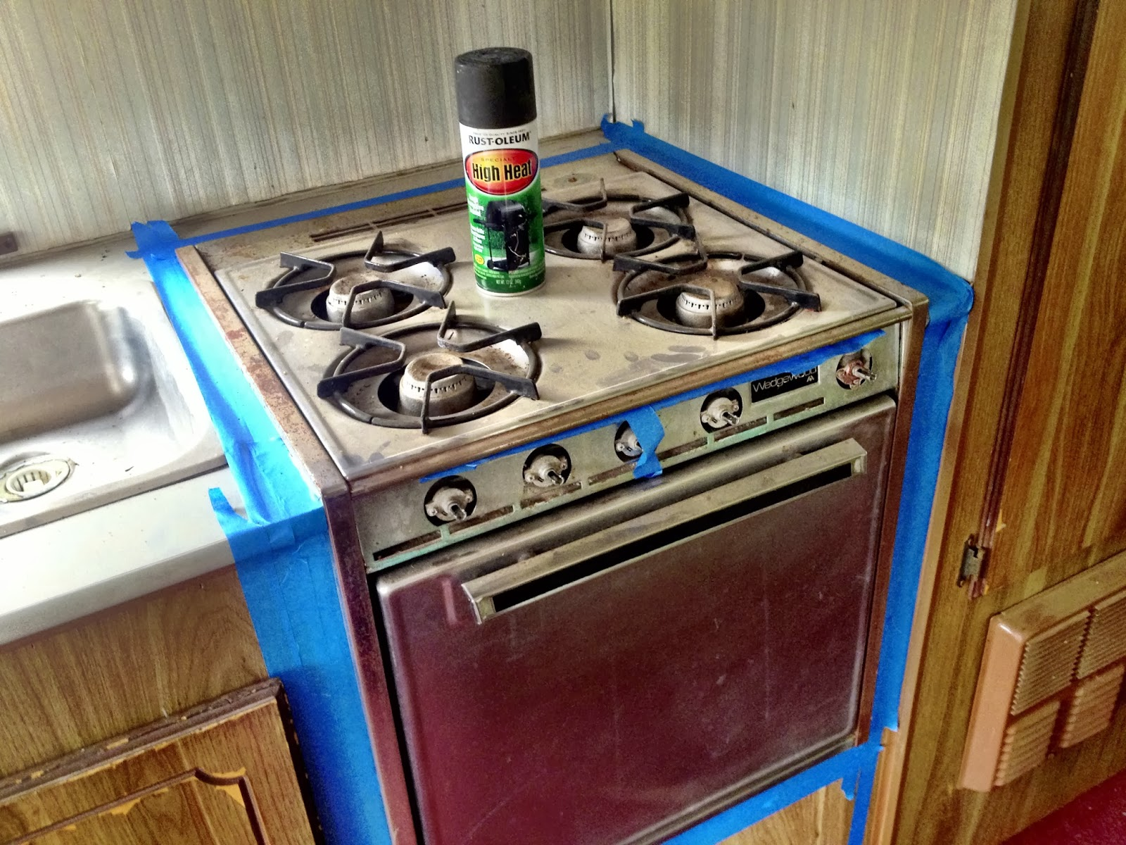 how to clean rust off kitchen hobs