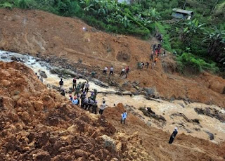 Death toll due to floods, landslides on Indonesia's Java island climbs to 34